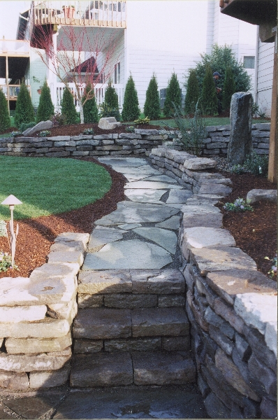 rock pathway and lighting 4