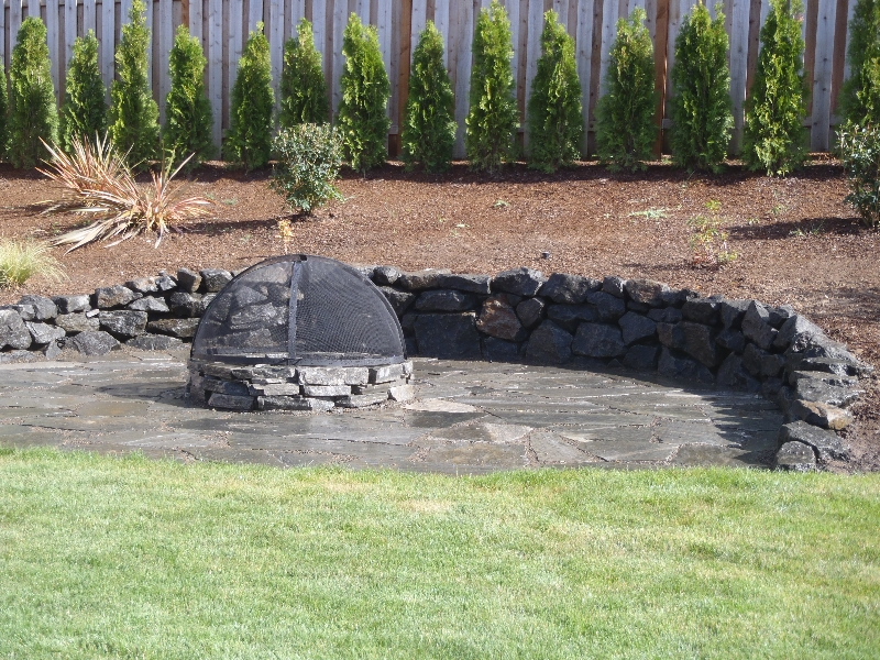 firepit and rcok work